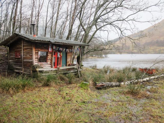 Alex von der Assen, Loch Voil Cabin porn